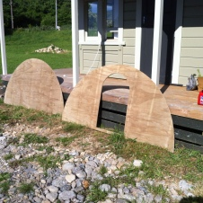 The front and the back of the Ark are now cut out and ready to be screwed onto the base.